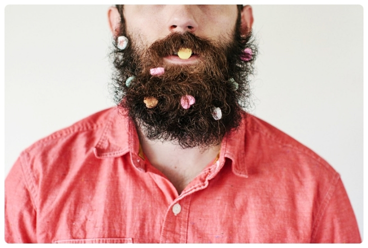 conversation-hearts-in-beard-1000x666